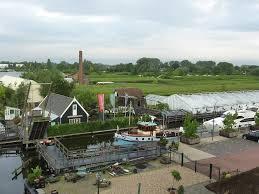 Historische Tuin Aalsmeer : Gerard joling haalt bezem door historische tuin aalsmeer